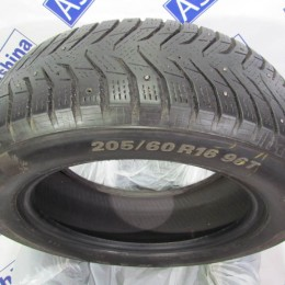Kumho WinterCraft Ice WI31 205 60 R16 бу - 0010979