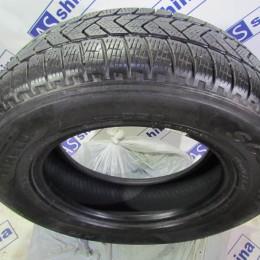 Pirelli Scorpion Winter 215 70 R16 бу - 0013872